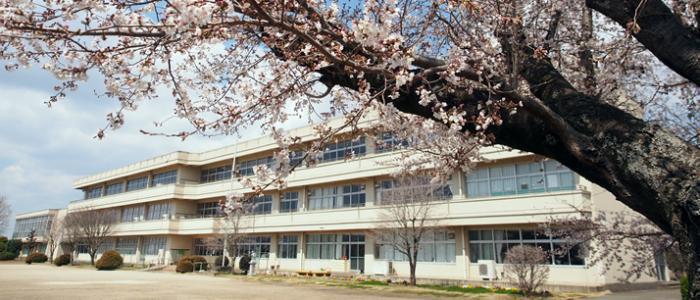 長讃小学校